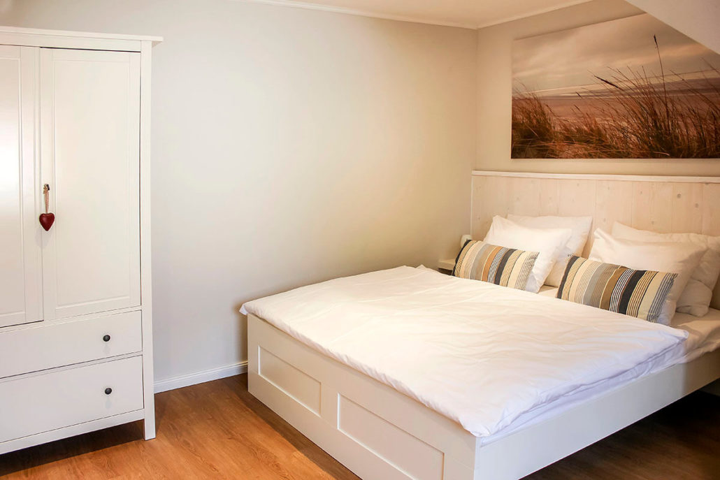 deichhaus deichkind zuhause am meer. Black Bedroom Furniture Sets. Home Design Ideas